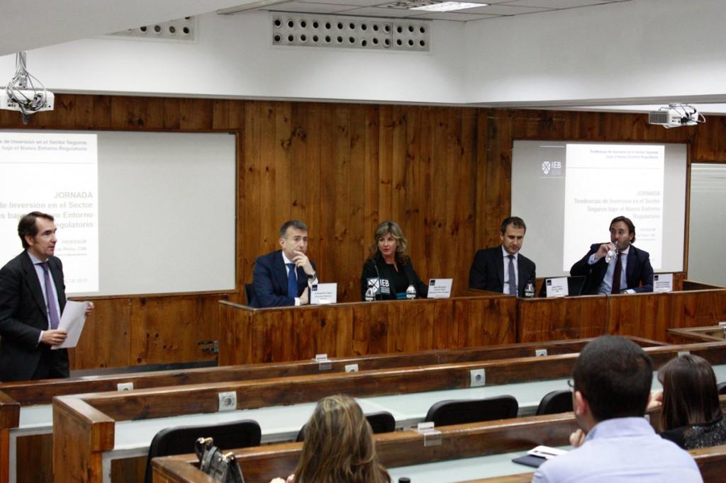 jornada de Tendencias de Inversión en el Sector Seguros bajo el Nuevo Marco Regulatorio Solvencia II