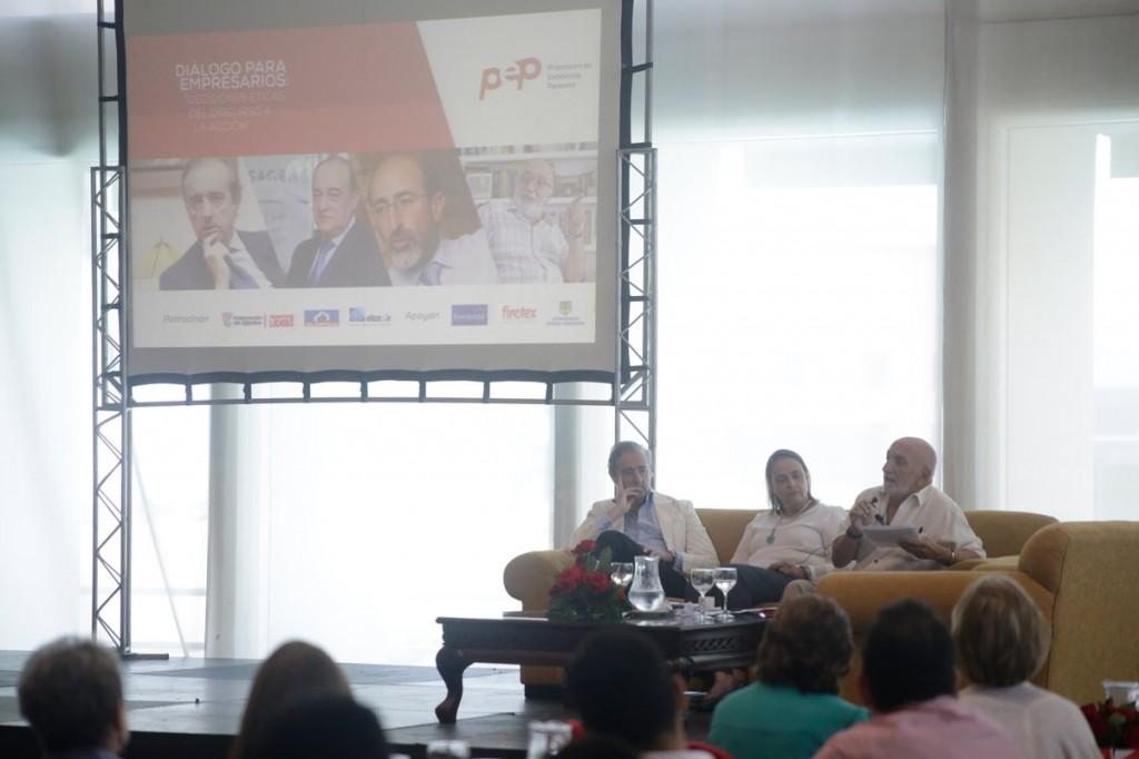 Don Álvaro Martínez-Echevarría en Colombia - Corporación PEP